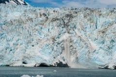 冰川产犊 免版税库存照片
