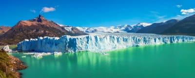 冰川佩里托莫雷诺全景在巴塔哥尼亚的 库存照片