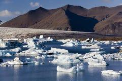 冰川冰山冰岛jokulsarlon 免版税库存图片
