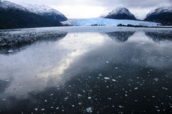 冰川反射 免版税库存照片