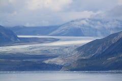 冰川向海 免版税图库摄影
