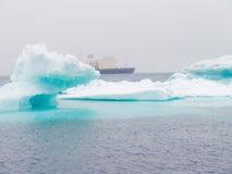 冰川和冰山 免版税库存照片