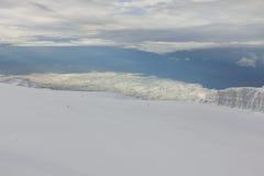 冰川在乞力马扎罗山,坦桑尼亚顶部 免版税库存图片