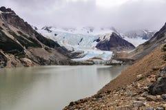 冰川在塞罗Torre, El Chalten,阿根廷 库存图片
