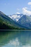 冰川湖山 免版税库存图片