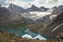 冰川的反射 免版税库存图片