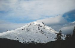 冰川被盖的贝克山是看见的一个惊人的站点 免版税库存图片