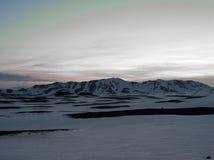 冰川覆盖的山在北部西部海岛 免版税库存照片
