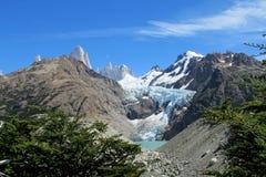 冰川近的登上费兹罗伊,巴塔哥尼亚 免版税库存图片