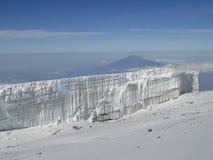 冰川kilimanjaro山顶 免版税库存照片