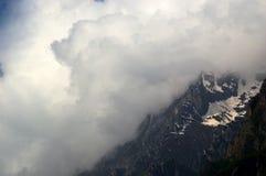 冰川Uttarakhand的小山驻地在印度 免版税图库摄影