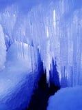 冰柱发光星期日 库存图片