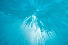 冰柱在一个冷的冬日 免版税库存图片