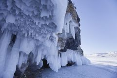 冰柱岩石 贝加尔湖湖 33c 1月横向俄国温度ural冬天 图库摄影