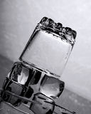 冰水 免版税图库摄影
