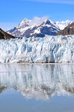 冰河海湾在一个晴天 免版税库存照片