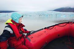 冰河盐水湖小船乘驾 免版税库存图片