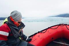 冰河盐水湖小船乘驾 免版税图库摄影