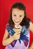冰淇凌小女孩激动 免版税库存图片
