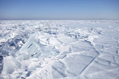 冰片断,贝加尔湖冰小丘  33c 1月横向俄国温度ural冬天 免版税库存图片