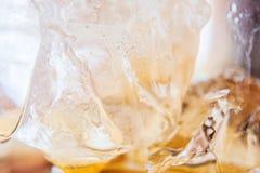 冰特写镜头在饮料的 图库摄影