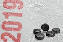 冰球顽童 免版税图库摄影