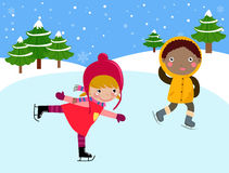 滑冰的孩子 免版税库存图片