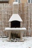 结冰的烟囱 库存照片