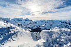 冰盖子早晨foto在高Tatras的 免版税库存照片