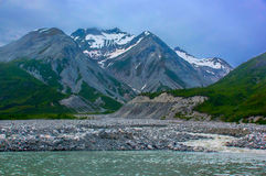 冰碛小河在冰河海湾国家公园。 库存图片