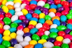 冰糖背景五颜六色的甜点  库存照片