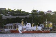 破冰船CCGS Des Groseilliers 免版税库存图片