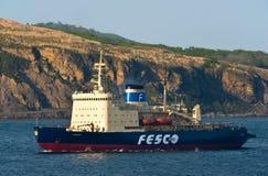 破冰船Krasin移动沿海东部Bosphorus海峡 东部(日本)海 22 05 2015年 库存照片