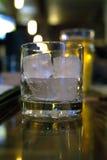 冰被填装的翻转者 库存图片