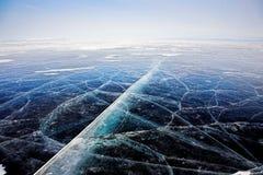2007冰1月自然鄂毕河西伯利亚纹理 免版税库存照片