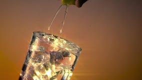冰水玻璃挤压柠檬宽星过滤器 股票录像