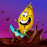冲浪在巧克力飞溅的可可粉荚 免版税库存照片