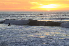 冲浪者在旧金山登陆末端 库存照片