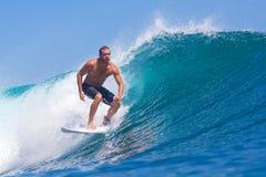 冲浪Wave.GLand海浪Area.Indonesia。 免版税库存图片