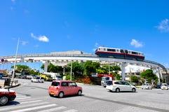 冲绳岛单轨铁路车, Yui路轨在首里地区 库存照片
