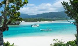 冲绳岛热带盐水湖海岛天堂  免版税库存照片