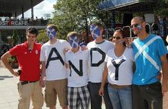 安迪默里的风扇准备好最终匹配在美国公开赛2012年在比利吉恩National Tennis Center国王 免版税库存照片