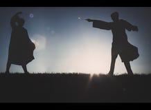 决斗两巫术师 库存图片
