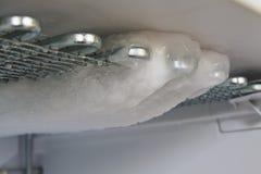 冷冻机一会儿除霜 免版税库存照片