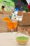 冷的橙色鸡尾酒夏天 库存照片