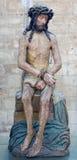 冷的石雕象的鲁汶-基督在从早期的16。分的圣彼得哥特式大教堂里。 免版税库存照片
