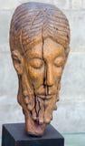 冷的石头的鲁汶-基督-被雕刻的胸象在从16的圣彼得哥特式大教堂里 分 免版税库存图片