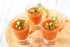 冷的蔬菜汤用虾 库存图片