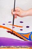 冷的蜡染布样式绘画在丝绸的 图库摄影