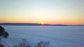 冻河的美丽的景色 r 股票录像